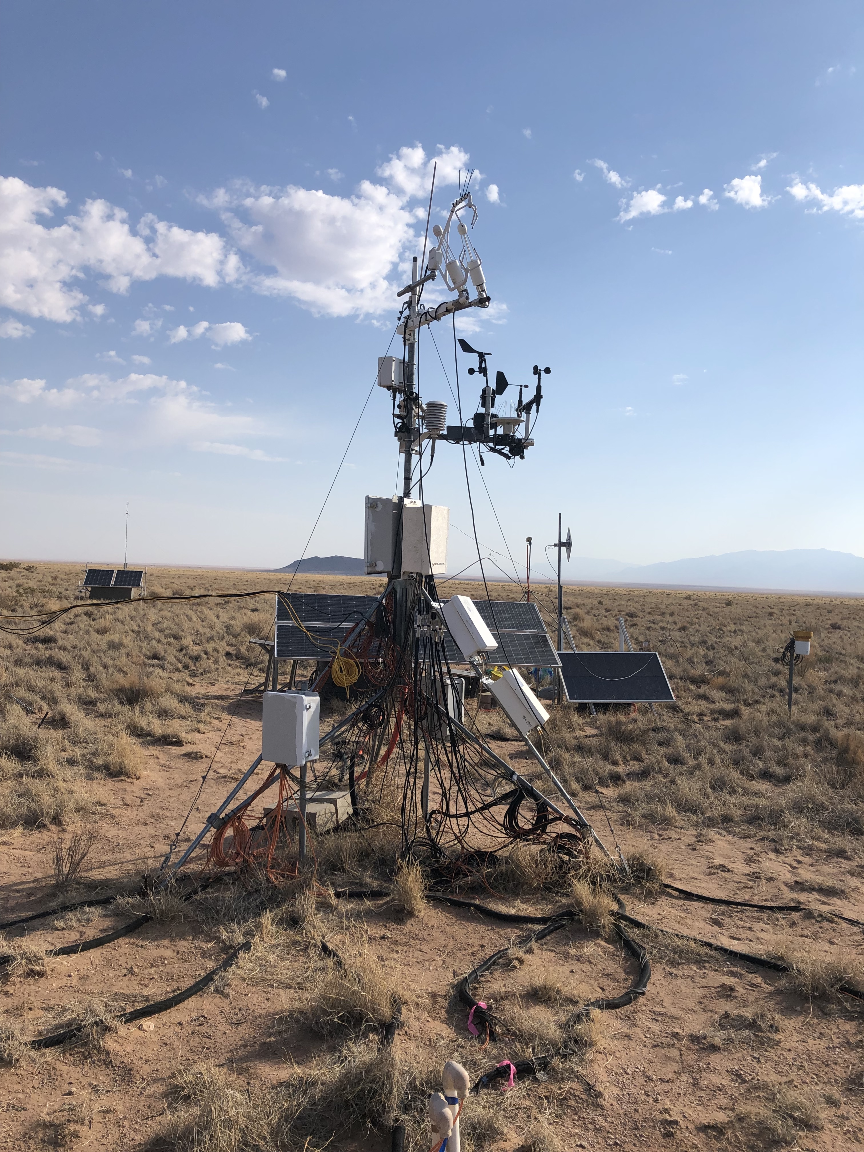 A picture of a flux tower in a desert grassland